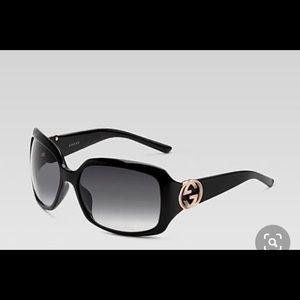 Authentic Gucci black sunglasses gradient gold